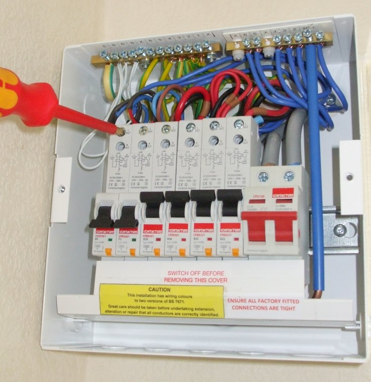 Croft electric electrician in bracknell
